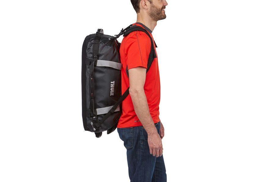5f51bace Внешние стягивающие ремни удерживают вещи так, чтобы они не падали на дно  сумки, когда сумка становится рюкзаком.